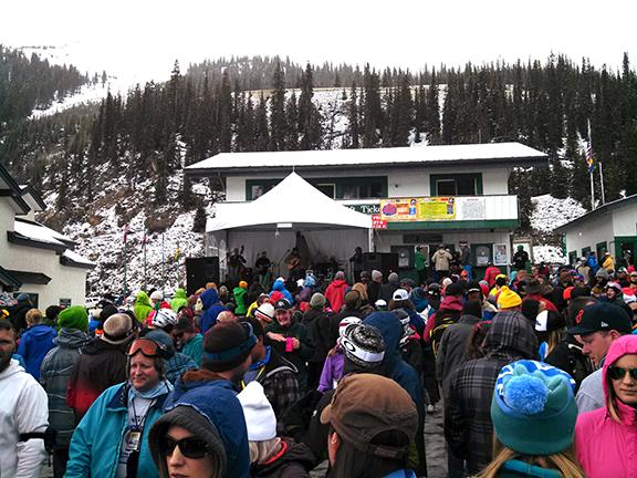 a-basin-festival-crowd